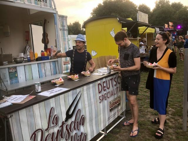 foodtruck La Deutscha Vita bij Tjoeketjoekefooffood in Huizen