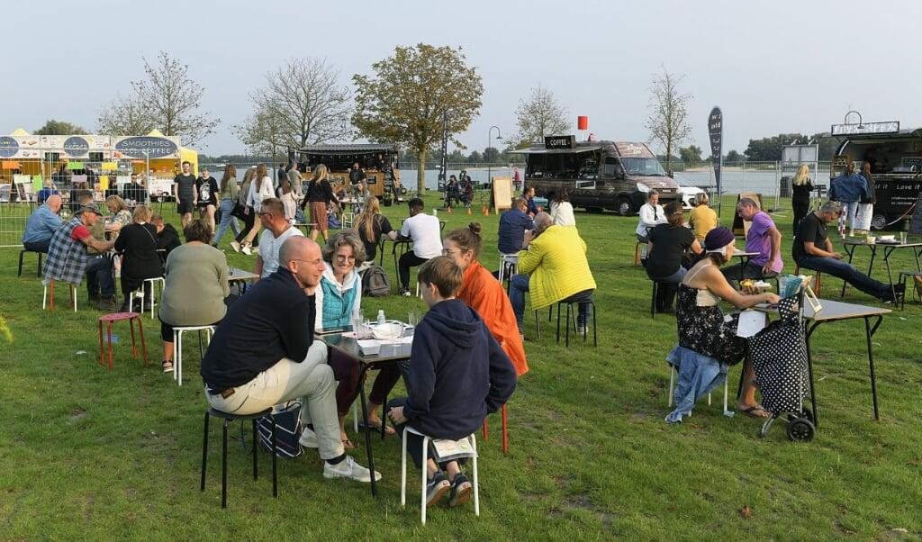 Festival Tjoeke Tjoeke Food Food, Gorinchem, Buiten de waterpoort