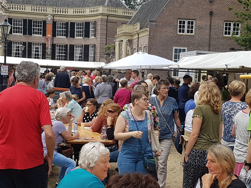 trotsmarkt kasteel groeneveld in Baarn